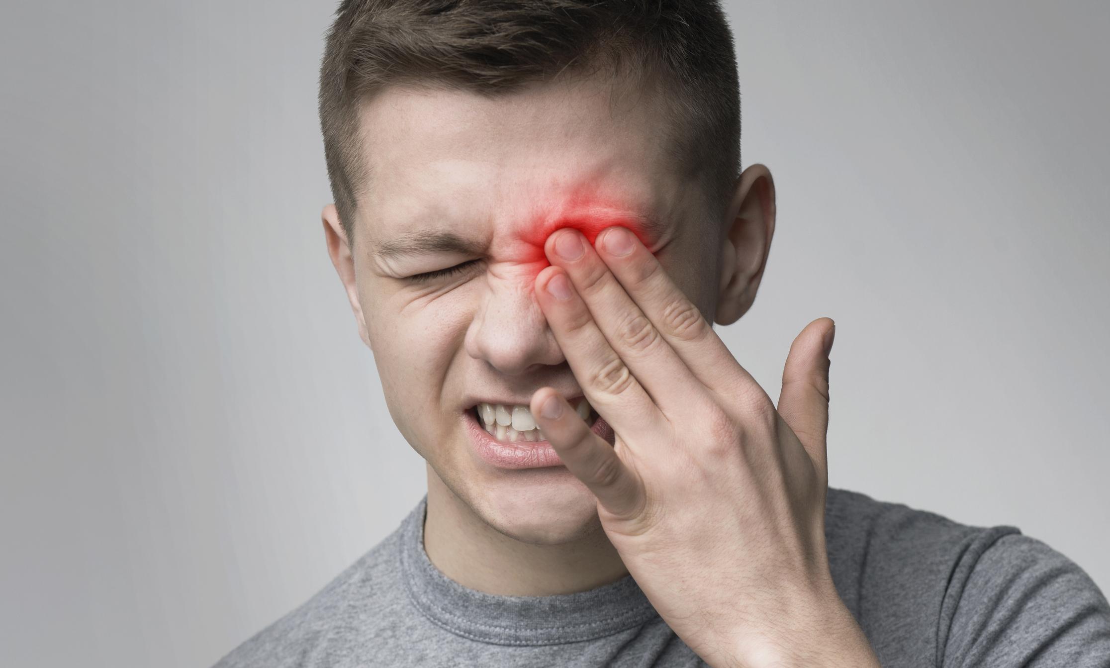 Stress schadet den Augen